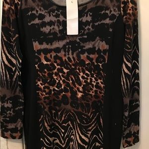 NY Collection tiger print long sleeve dress.